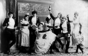 drinking_women